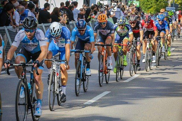 Cycling Races Road Bike Cycling  - maxmann / Pixabay
